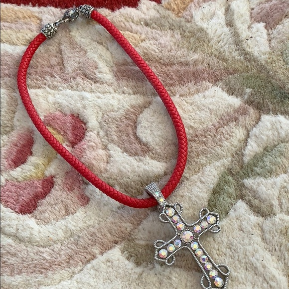"""unknown Jewelry - Crystal 4"""" cross pendant with red choker"""